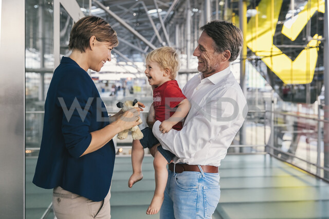 Small boy being happy upon his business mothers arrival at CGN airport, Cologne, NRW, Germany - MFF04763