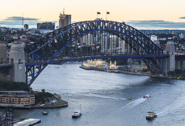 Australia, New South Wales, Sydney, Sydney Harbour Bridge in the evening - RUNF00532