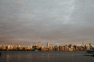USA, New York, New York City, View to Brooklyn at sunrise - LHPF00327