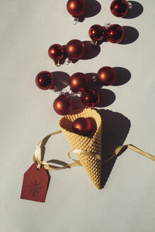 Ice Cream Cone with red Christmas baubles and tag - MOMF00569