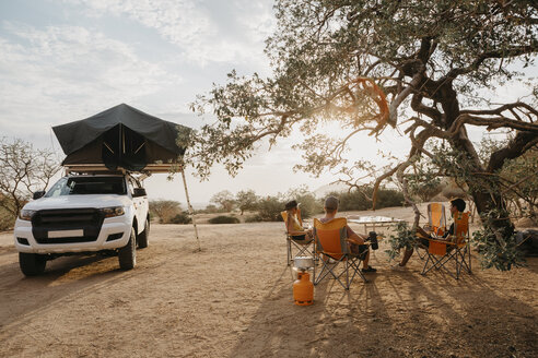 Namibia, friends camping near Spitzkoppe - LHPF00356