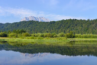 Germany, Bavaria, Werdenfelser Land, Isar dam Kruen, Wetterstein mountains, Obere Wettersteinpitze in the background - SIEF08264