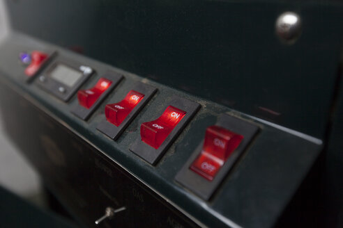 Red switches on coffee machine - ASTF00924