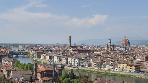 Italy, Tuscany, Florence, Ponte Vecchio - RPSF00264