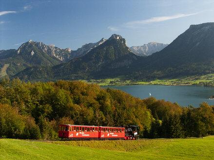 Austria, Salzkammergut, St. Wolfgang, Wolfgangsee, cog railway Schafbergbahn - WW04628