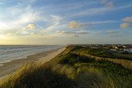 Denmark, Jutland, Lokken, dune landscape and North Sea - UMF00886