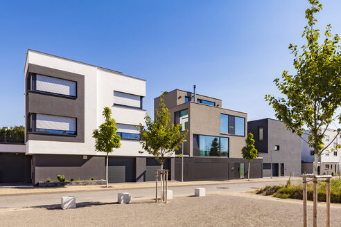 Germany, Ludwigsburg, development area with multi-family houses and one-family houses - WDF05033