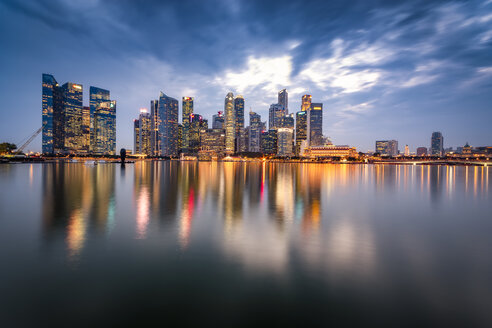 Singapore, Financial district, High rise buildings in the evening - SMAF01175