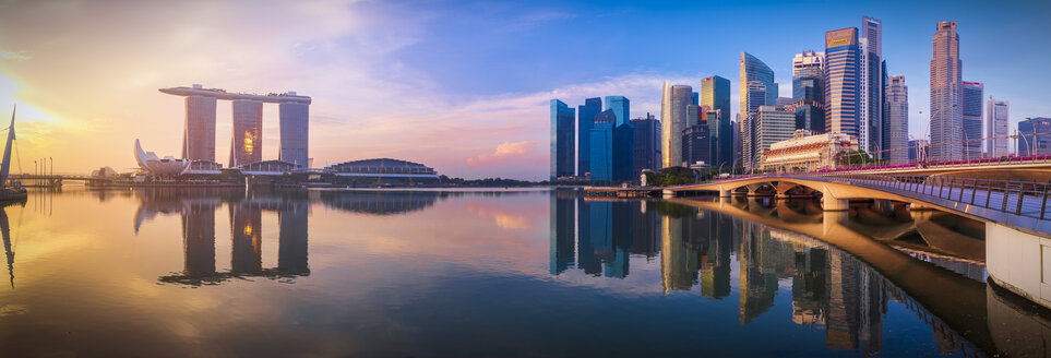 Singapore, Financial district and Marina Bay Sands Hotel at sunrise - SMAF01187