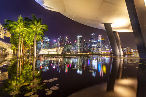 Singapore, Financial district at night - SMAF01190