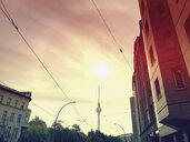 Germany, Berlin, Berlin Mitte, rising morning sun above TV Tower - GWF05770