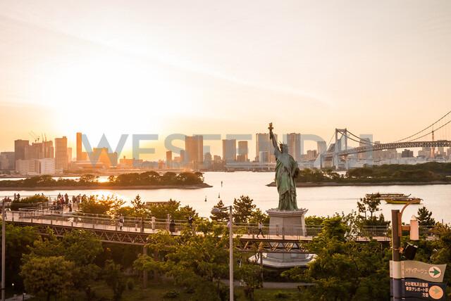 Tokyo skyline, Statue of liberty and Rainbow Bridge as viewed from Odaiba, Japan - ASTF02157