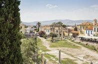 Blick auf Tor der Athene Archegetes, römische Agora, Athen, Griechenland - MAMF00356