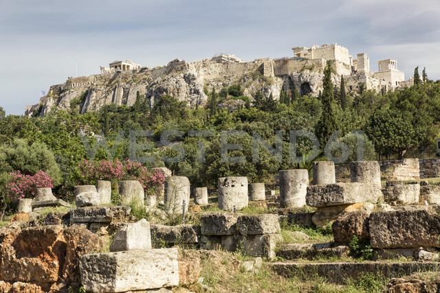 Greece, Athens, view from Ancient Agora to Acropolis - MAMF00362