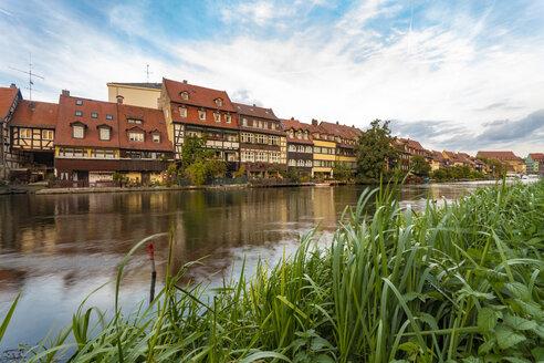 Germany, Bavaria, Bamberg, Little Venice and Regnitz river - TAMF01141