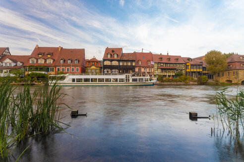 Germany, Bavaria, Bamberg, Little Venice and Regnitz river - TAMF01144