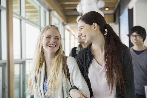 High school students laughing in corridor - HEROF06715