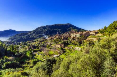 Spain, Mallorca, Valldemossa, mountain village - THAF02472
