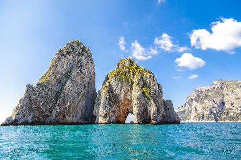 Italy, Campania, Capri - FLMF00092
