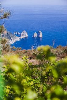 Italy, Campania, Gulf pf Naples, Capri Island, Anacapri, view of famous Faraglioni rocks from Monte Solaro - FLMF00104