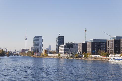 Germany, Berlin, view to development area at Friedrichshain - GWF05816