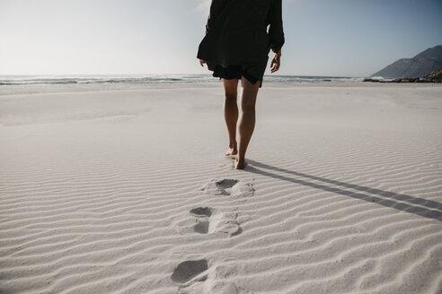 Strandspaziergang, Noordhoek Beach, Western Cape, Südafrika - LHPF00403