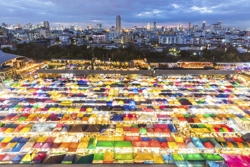 Thailand, Bangkok, Ratchada Rot Fai Night Market - WPEF01355
