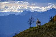 Germany, Bavaria, Upper Bavaria, Chiemgau, Sachrang Valley, Sachrang, Chapel on mountain top of Karspitze - LBF02335