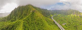 USA, Haswaii, Kaneohe, Kaneohe Forest Reserve, John A. Burns Freeway - FOF10260