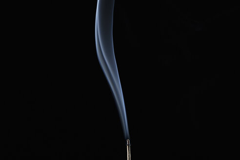 Tranquil smoke wave - HEROF17636