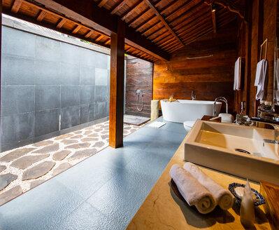 Open air bathroom at resort, Ubud, Bali, Indonesia - ISF20860