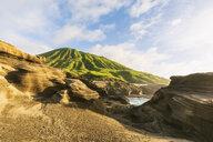 USA, Hawaii, Oahu, Lanai, Pacific Ocean, Coco crater at sunrise - FOF10364