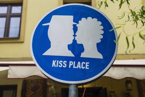 Ukraine, Lviv, Kiss place sign - RUNF01210