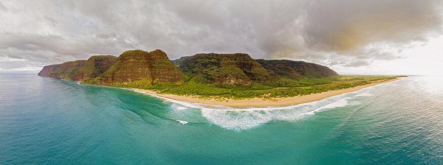 USA, Hawaii, Kauai, Polihale State Park, Polihale Beach, Aerial View - FOF10454