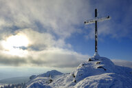 Germany, Bavaria, Bavarian Forest in winter, Great Arber, snow-capped summit cross - LBF02367