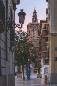 Spain, Valencia, view to El Micalet at sunset - KEBF01166