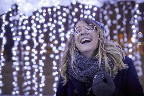 Serbia, Novi Sad, Winter, Girl, Portrait - ZEDF01907