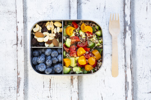 Lunchbox with quinoa salad with tomato and cucumber, blue berry and trail mix - LVF07827