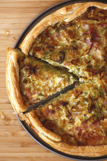 Quiche with savoy and ham - JTF01187