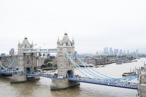 UK, London, Aerial view of Tower Bridge - IGGF00846