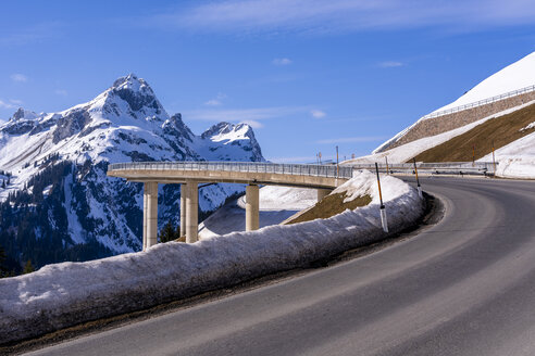 Austria, Vorarlberg, Allgaeuer Alps, winter at Hochtannberg Pass - STSF01848