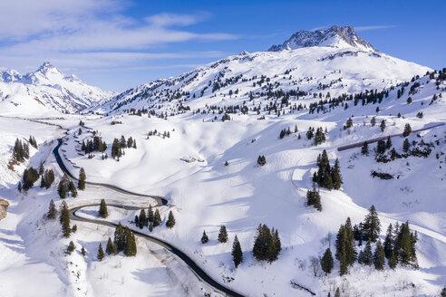 Austria, Vorarlberg, Allgaeuer Alps, winter at Hochtannberg Pass - STSF01854