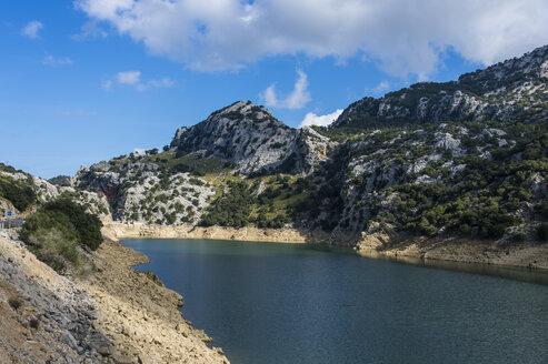 Spain, Baleares, Mallorca, Gorge Blau, artificial reservoir - RUNF01438