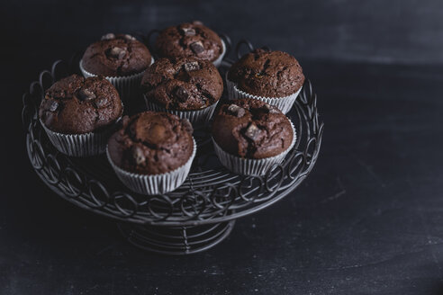 Chocolate muffins on cake stand - STBF00225
