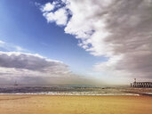 Belgium, Flanders, North Sea, Coast, beach and Jetty with lighthouse - GWF05926