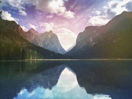 Italy, South Tyrol, Dolomites, Lago di Dobbiacco - GWF05981