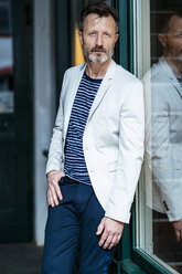 Portrait of fashionable mature man with greying beard - DIGF06042