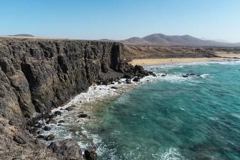 Spain, Canaray Islands, Fuerteventura, coastline - AFVF02555