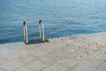 Confetti at waterfront promenade - AFVF02585