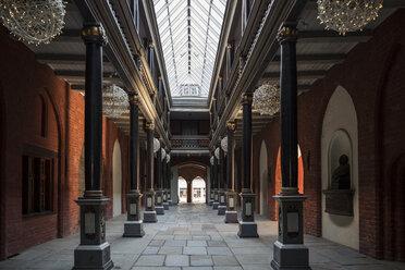 Germany, Mecklenburg-Western Pomerania, Stralsund, Townhall, passage, courtyard - MAM00490